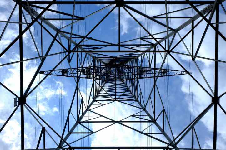 pylon-current-electricity-strommast-159279.jpeg