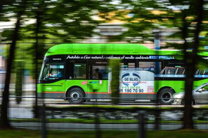action blur bus car