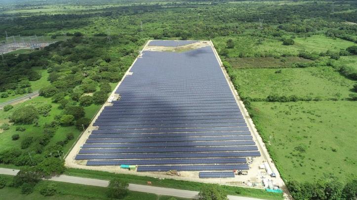 12001200p4871EDNmain6292Foto-aérea-Celsia-Solar-Bolívar_web