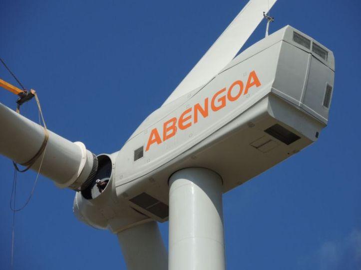 aerogenerador-del-parque-eolico-peralta-uruguay_