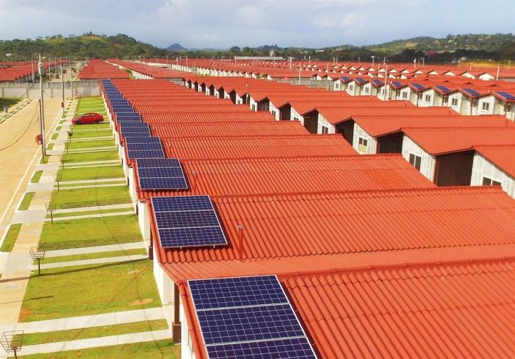 12001200p4871EDNmain14546Techo-solar-Provivienda--Panama-(3)