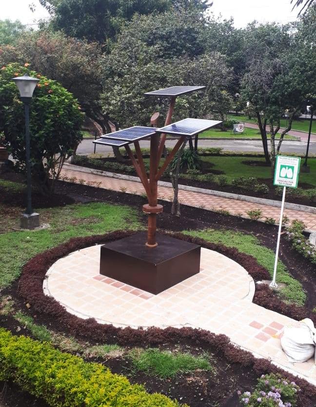 arbol-solar-HIUSJ