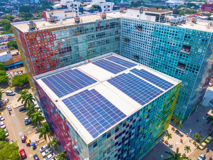 MODELOS DE CONSTRUCCION URBANA INCORPORAN ENERGIA SOLAR Y PROMUEVEN EFICIENCIA ENERGETICA