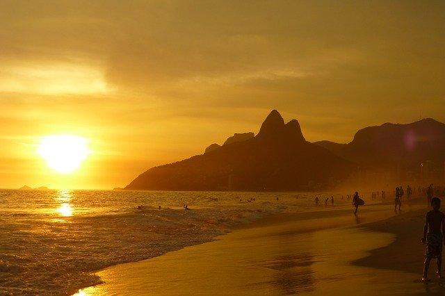ipanema-beach-99388_640