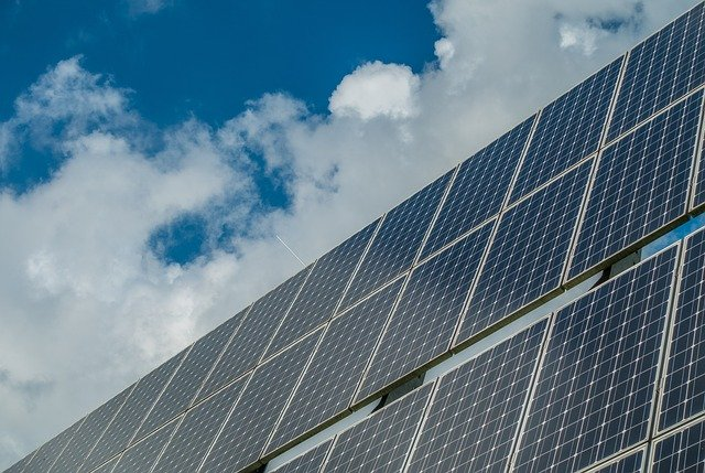 photovoltaic-system-2742308_640